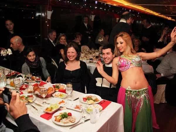 Best Dinner Cruise in Istanbul