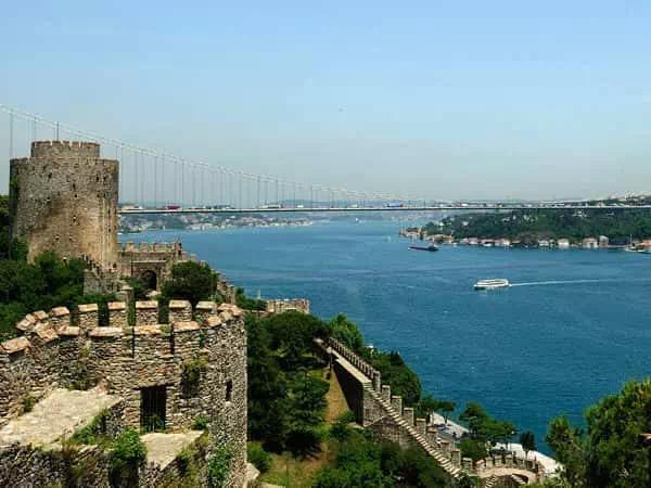 Istanbul Bosphorus Lunch Cruise and the Black Sea Cruise