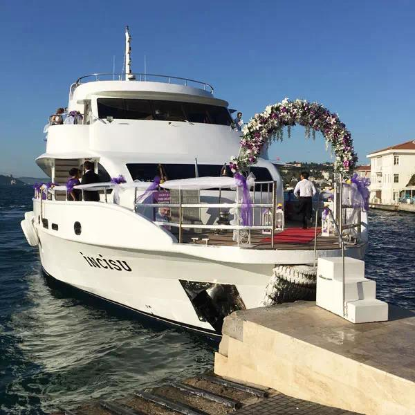 Istanbul Luxury Boat Charter