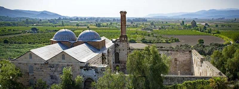 See the Isabey Mosque